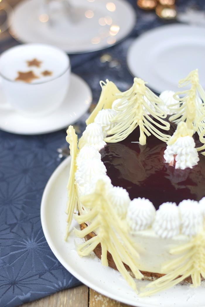 Winterliche Käse Sahne Torte mit Kirschkompott (7)