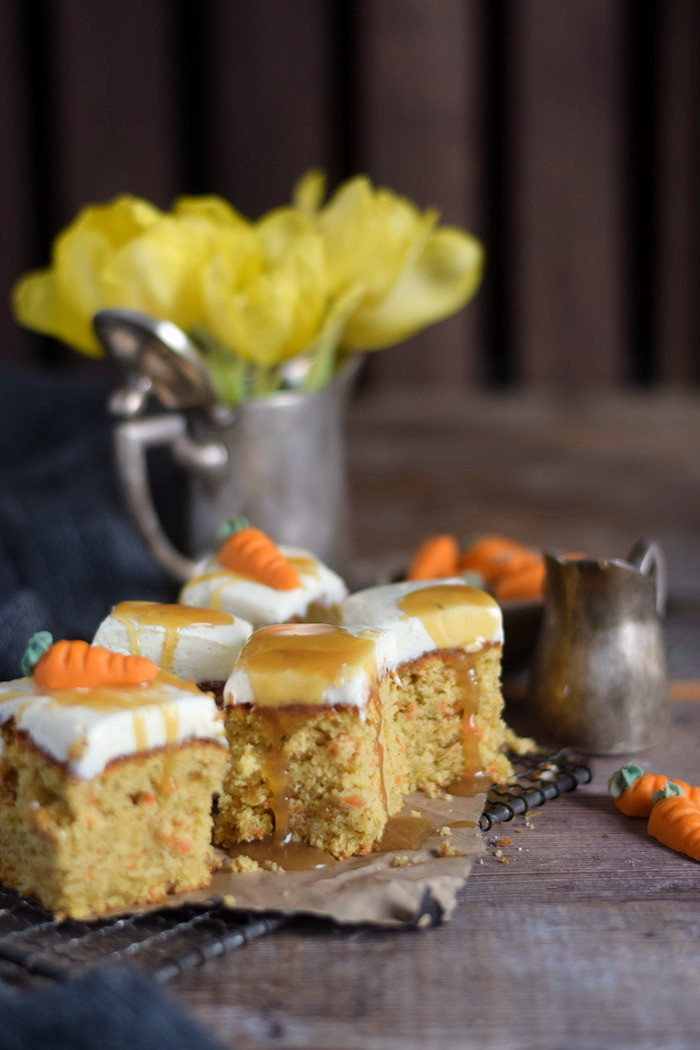 Carrot Cake mit Cream Cheese Frosting & Karamell Carrot Cake Cream Cheesecake Frosting and Caramel (10)