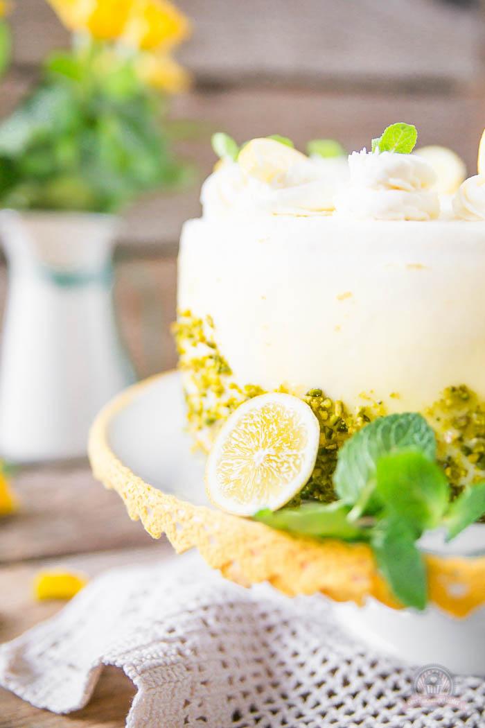 Lemon Curd Wickeltorte - Lemon Curd Snail Cake (1)