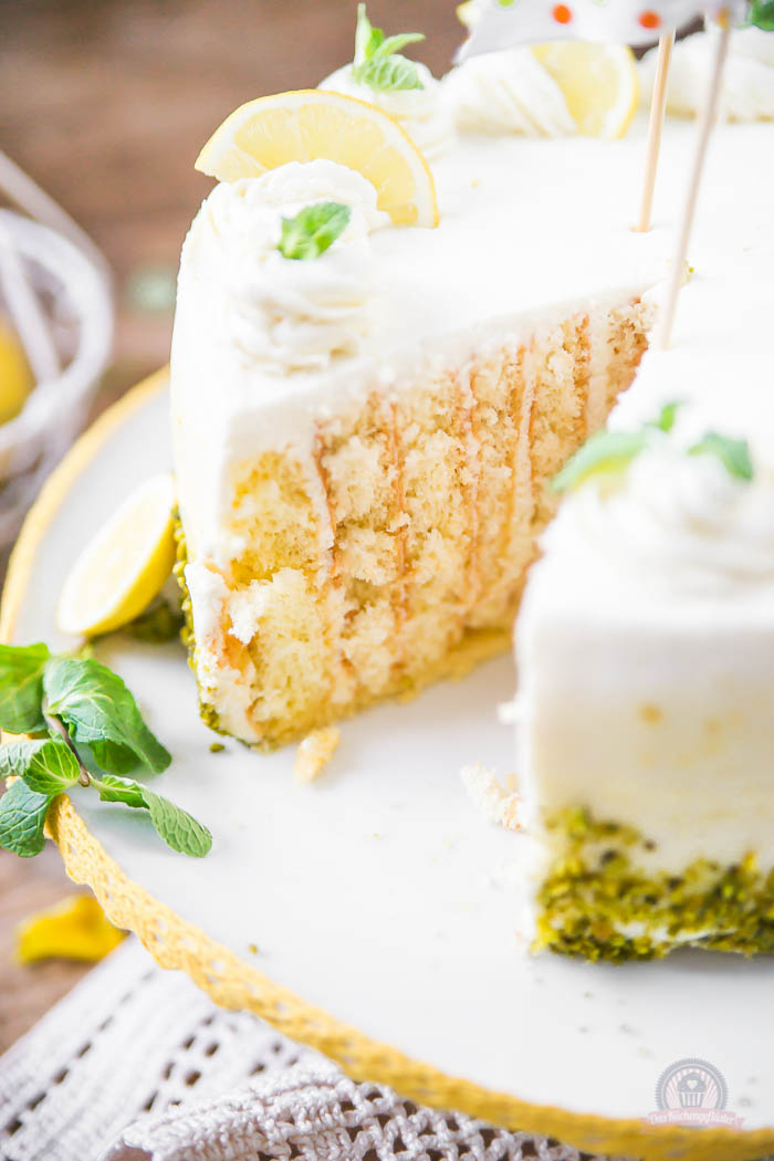 Lemon Curd Wickeltorte - Lemon Curd Snail Cake (10)