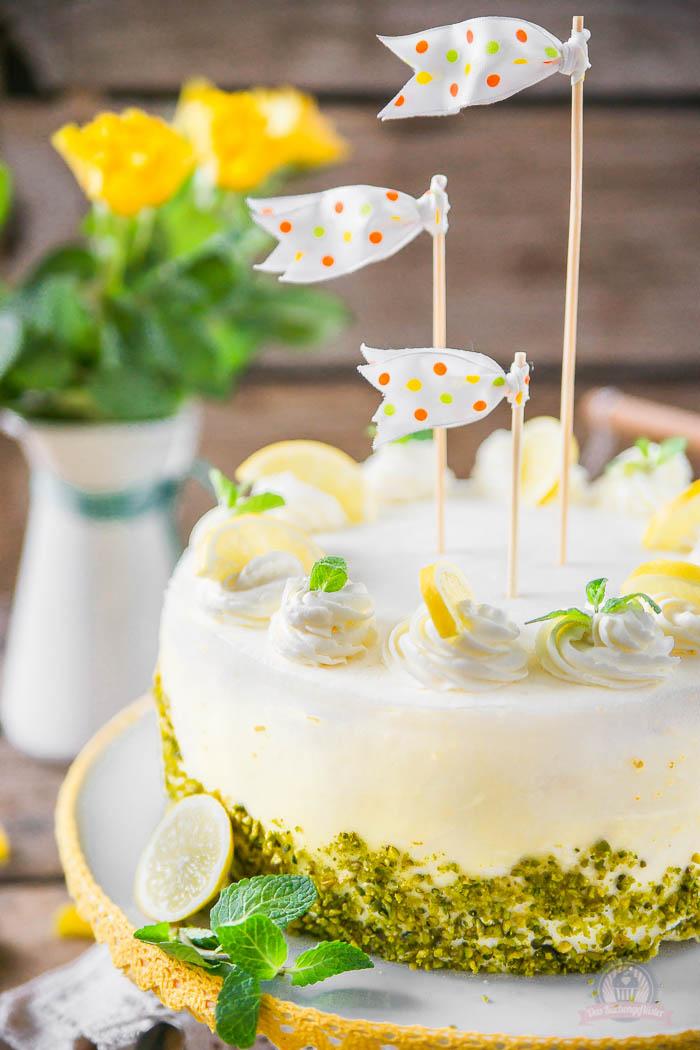 Lemon Curd Wickeltorte - Lemon Curd Snail Cake (4)