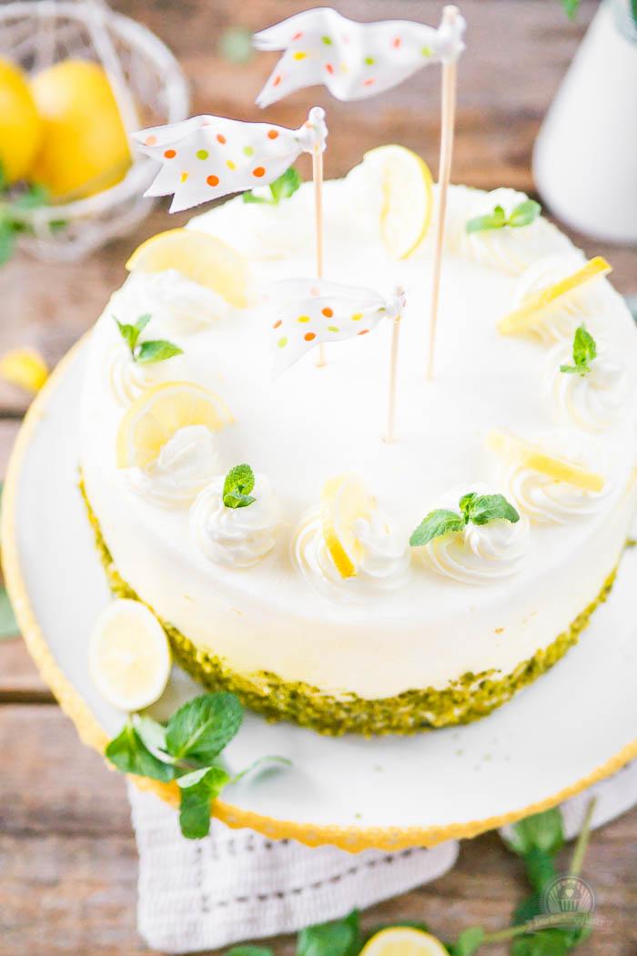 Lemon Curd Wickeltorte - Lemon Curd Snail Cake (7)