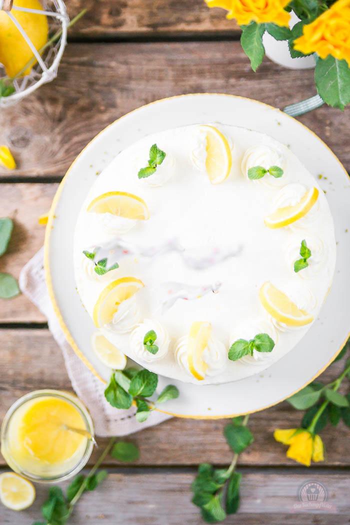 Lemon Curd Wickeltorte - Lemon Curd Snail Cake (8)