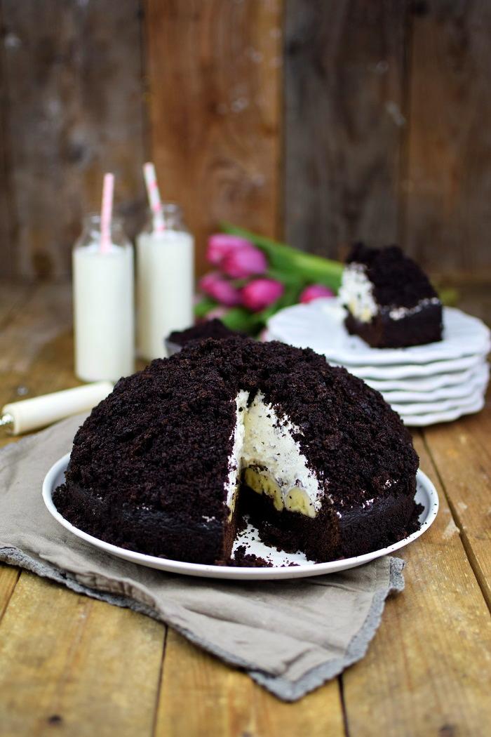 Maulwurfkuchen - Schokoladenkuchen mit Bananen und weisser Creme - Chocolate Banana Cream Cake Pie (1)