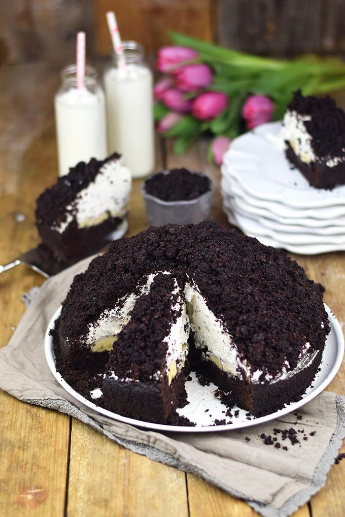 Maulwurfkuchen - Schokoladenkuchen mit Bananen und weisser Creme - Chocolate Banana Cream Cake Pie (10)