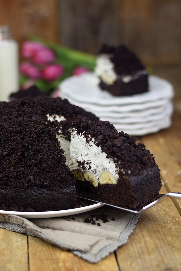 Maulwurfkuchen - Schokoladenkuchen mit Bananen und weisser Creme - Chocolate Banana Cream Cake Pie (12)
