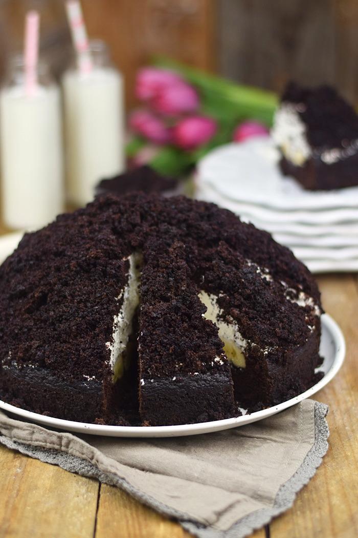 Maulwurfkuchen - Schokoladenkuchen mit Bananen und weisser Creme - Chocolate Banana Cream Cake Pie (15)