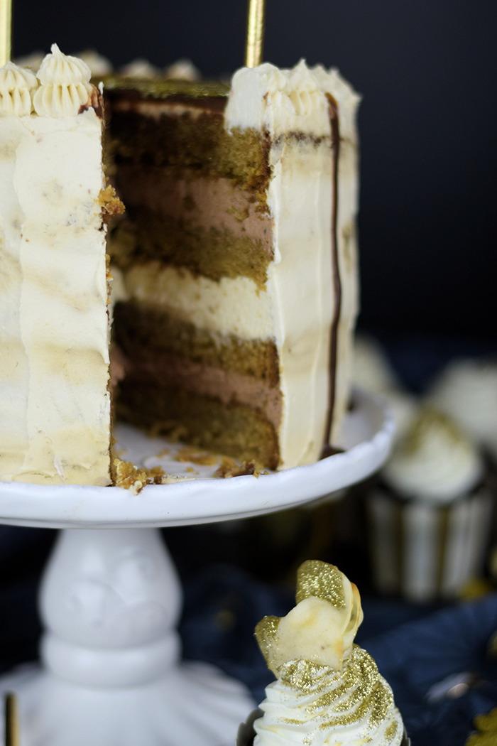 Neujahrstorte - Schoko Kaffee Mokka Torte - Guinnes Cupcakes und Glückskekse mit weisser Schokolade (14)