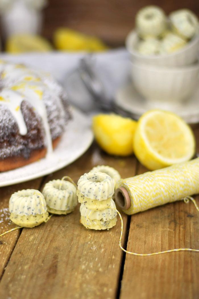 Zitronen Joghurt Gugelhupf - Lemon Yogurt Bundt Cake (6)