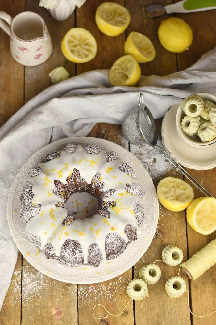 Zitronen Joghurt Gugelhupf - Lemon Yogurt Bundt Cake (7)