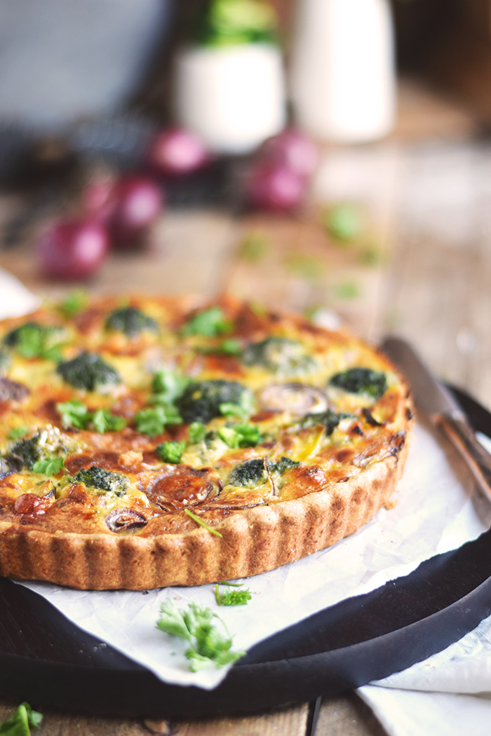 Brokoli Zwiebel Tarte mit Parmesan - Broccoli Onion Tart with Parmesan Cheese (17)