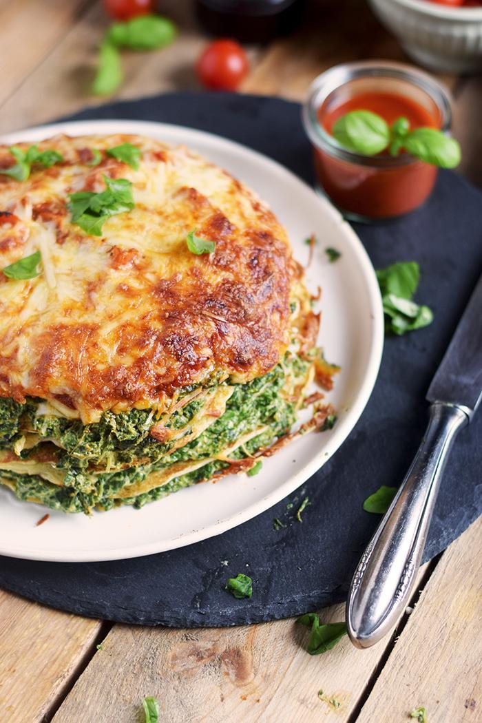 Pancake Stack mit Spinat - Herzhafter Pfannkuchen Turm mit Spinat (20)