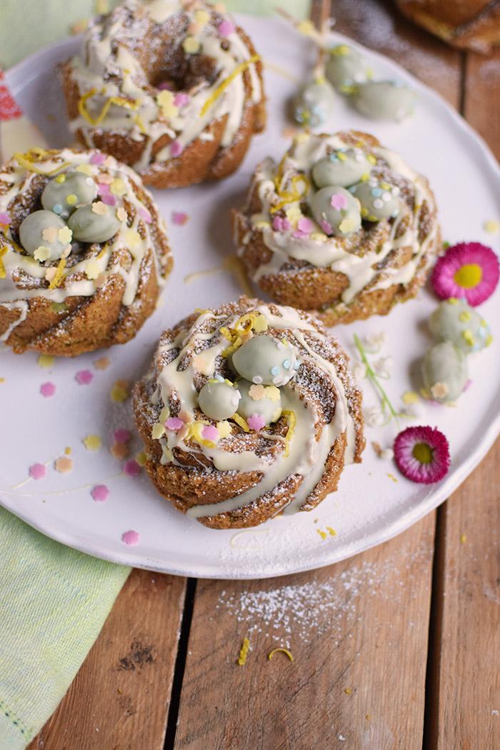 Zitronen Avocado Gugelhupf mit Schokoeiern - Lemon Avocado Bundt Cake (18)