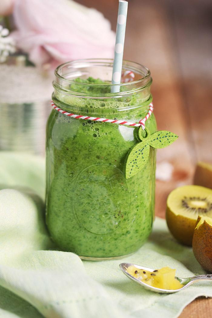 Green Smoothie mit Spinat und Apfel Rezept (8)