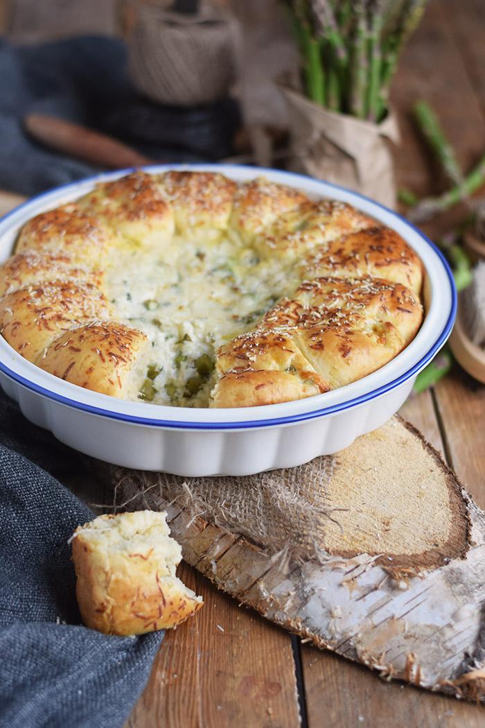 Joghurt Broetchen mit Spargel Dip - Yogurt Asparagus BBQ Rolls (13)
