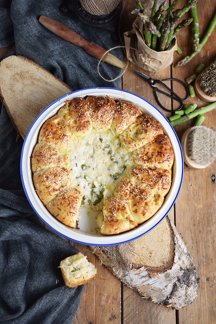 Joghurt Broetchen mit Spargel Dip - Yogurt Asparagus BBQ Rolls (17)