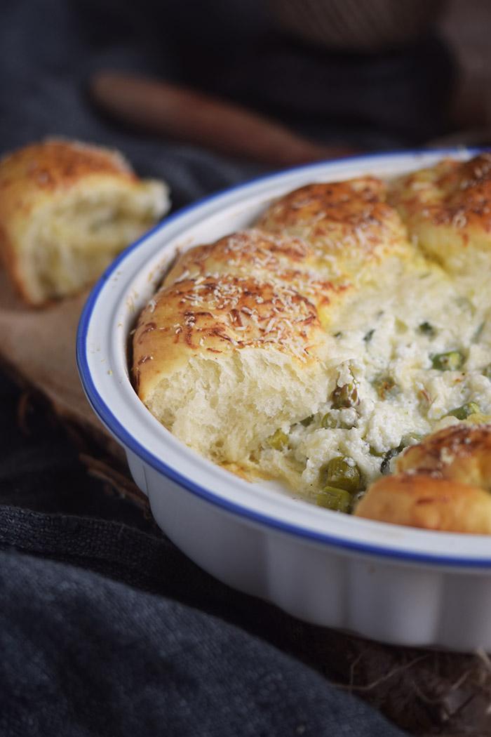 Joghurt Broetchen mit Spargel Dip - Yogurt Asparagus BBQ Rolls (33)