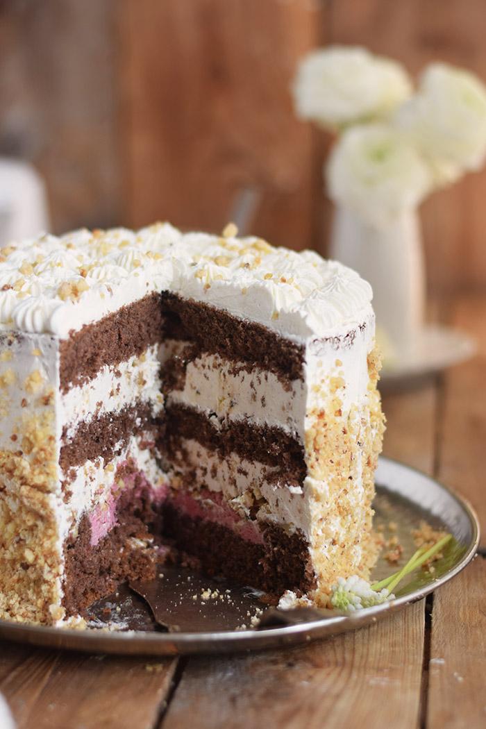 Marzipan-Krokant-Beeren-Torte - Marzipan Crunch Berry Cake (31)