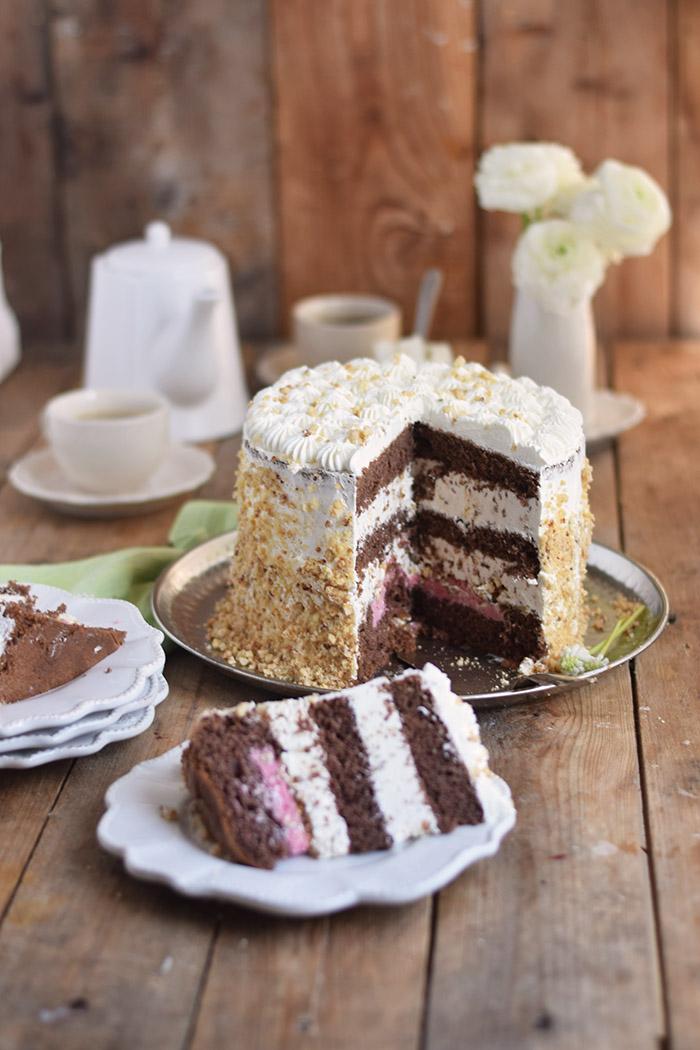 Marzipan-Krokant-Beeren-Torte - Marzipan Crunch Berry Cake (33)