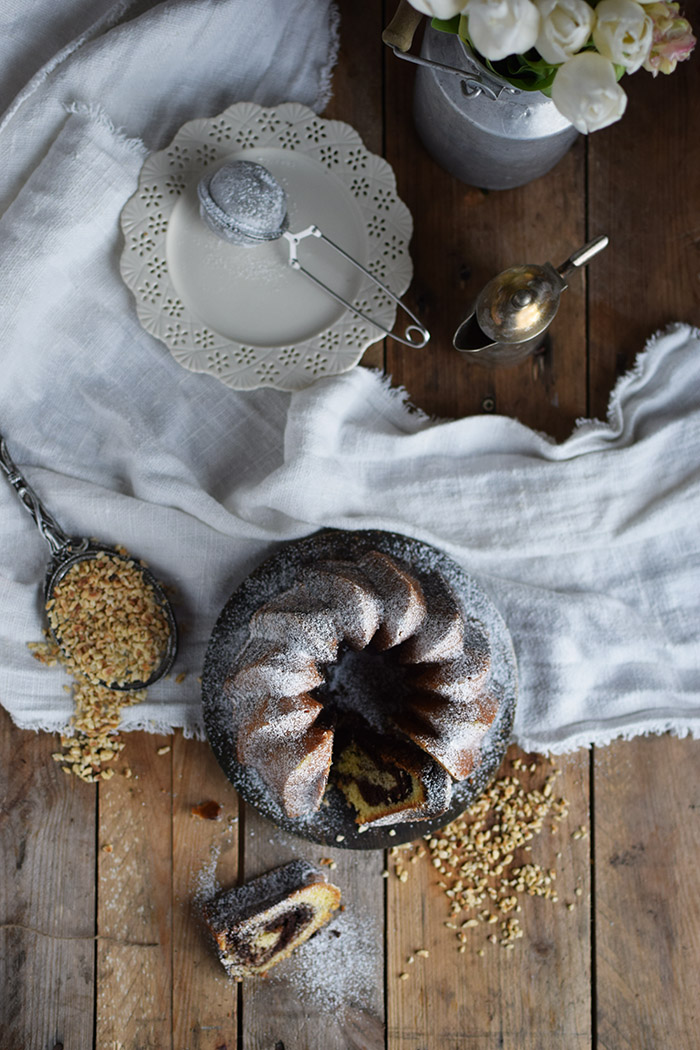 Nougat Gugelhupf - Bundt Cake with Nougat and Chocolate (13)