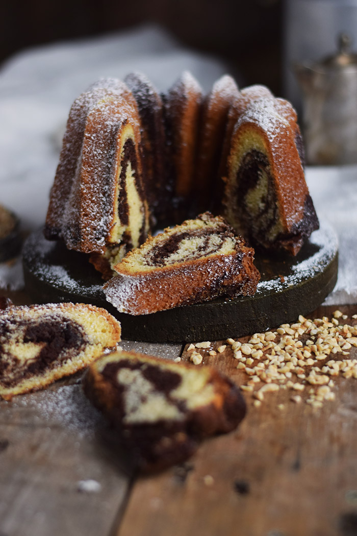 Nougat Gugelhupf - Bundt Cake with Nougat and Chocolate (22)