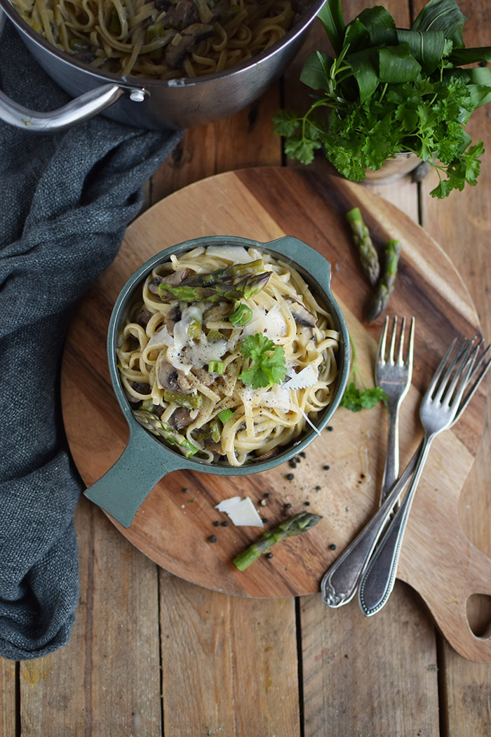 One Pot Pasta mit Pilzen und Spargel - One Pot Pasta with mushrooms and green asparagus (14)