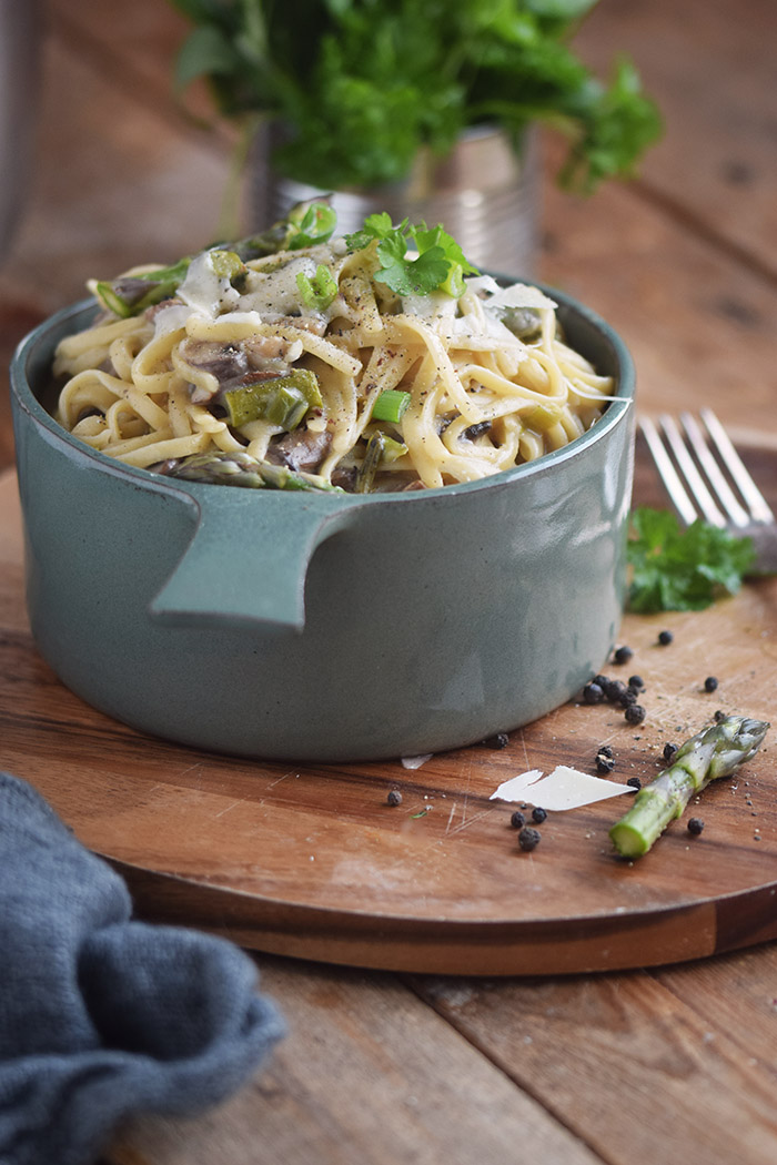 One Pot Pasta mit Pilzen und Spargel - One Pot Pasta with mushrooms and green asparagus (8)