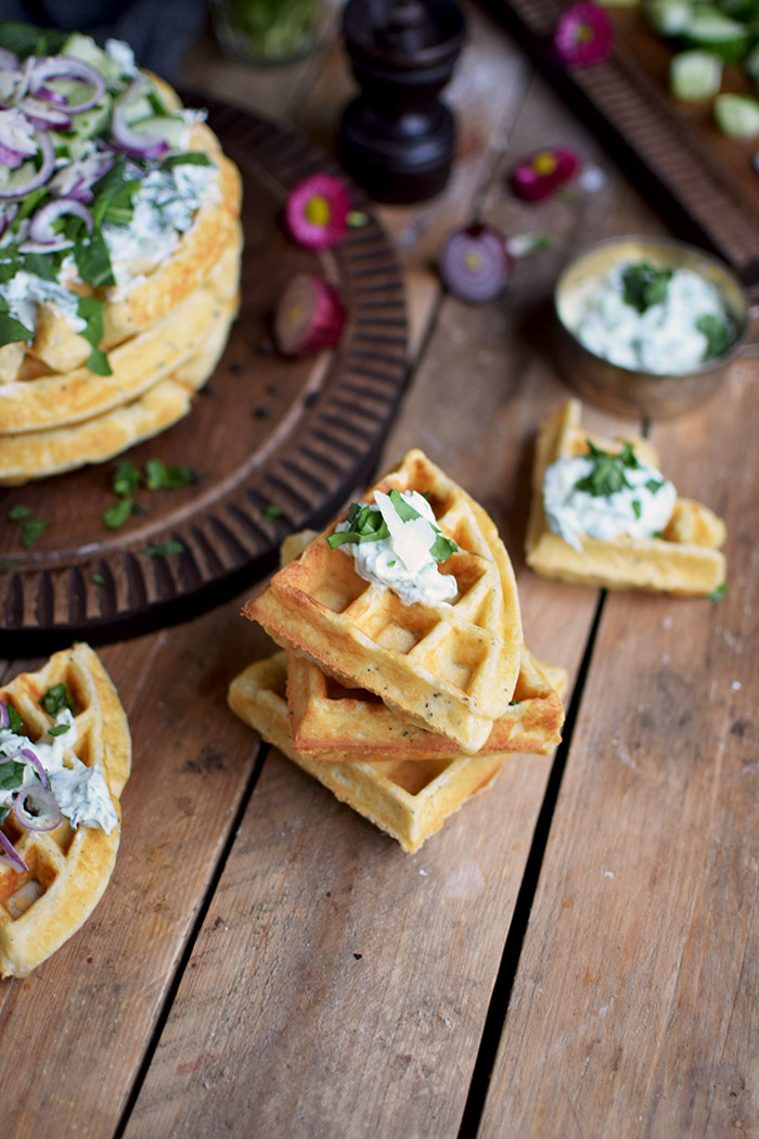 Quarkwaffeln mit Parmesan und Kraeutern - Waffles with Parmesan Cheese and ramp (4)
