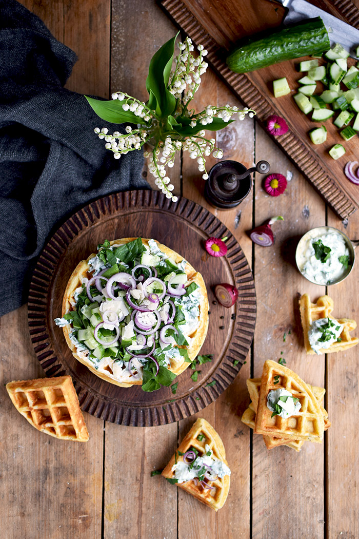 Quarkwaffeln mit Parmesan und Kraeutern - Waffles with Parmesan Cheese and ramp (7)