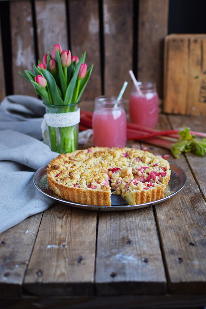 Rhabarber Streusel Tarte - Rhubarb Crumble Tart (1)