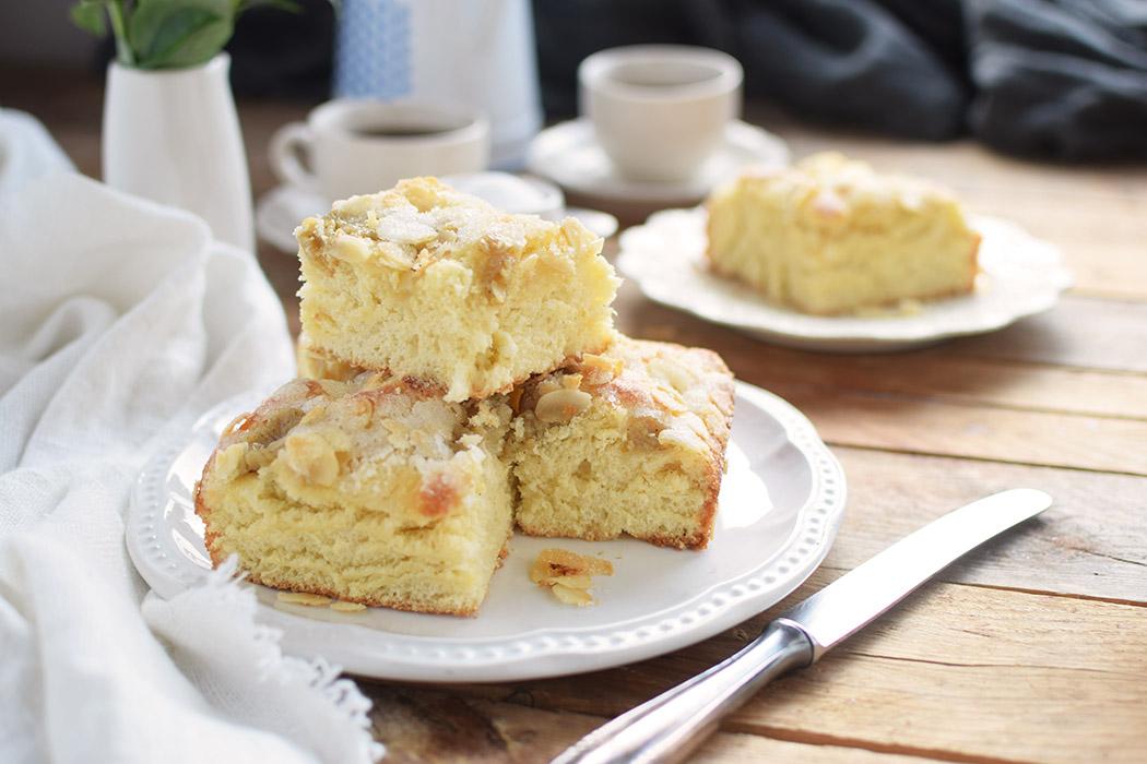 Butterkuchen mit Pudding - Butter Custard Cake Rezept (1)
