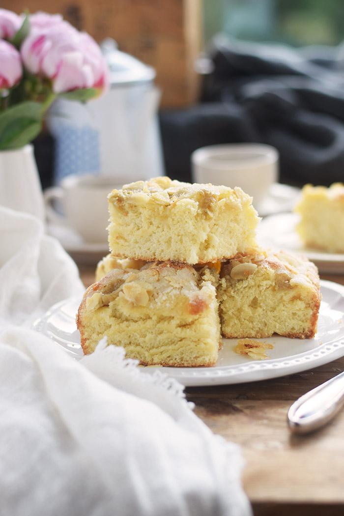 Butterkuchen mit Pudding - Butter Custard Cake Rezept (11)