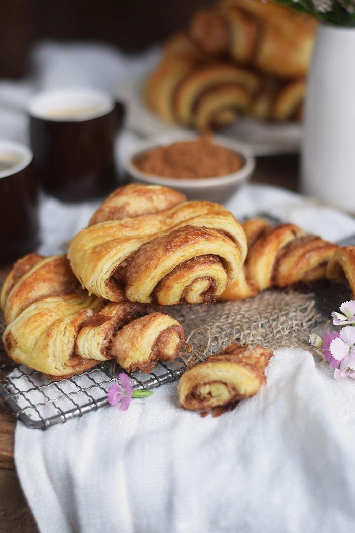 Zimtschnecken - Franzbroetchen - Hamburg Cinnamon Pastry Rolls (1)