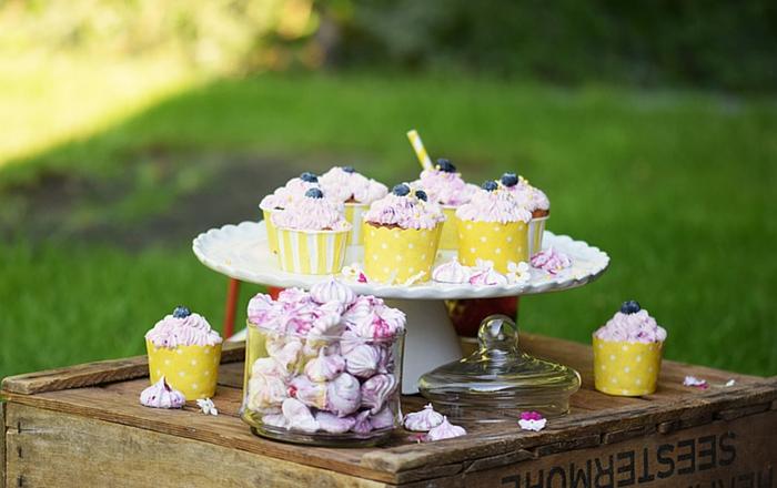Beeren Cupcakes mit Cheesecake Kern: Macht Ihr beim Knuspersommer? (Werbung)