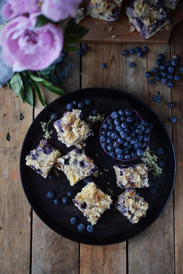 Buttermilch Blaubeer Kuchen - Familienrezept - Buttermilk Blueberry Sheet Cake (5)
