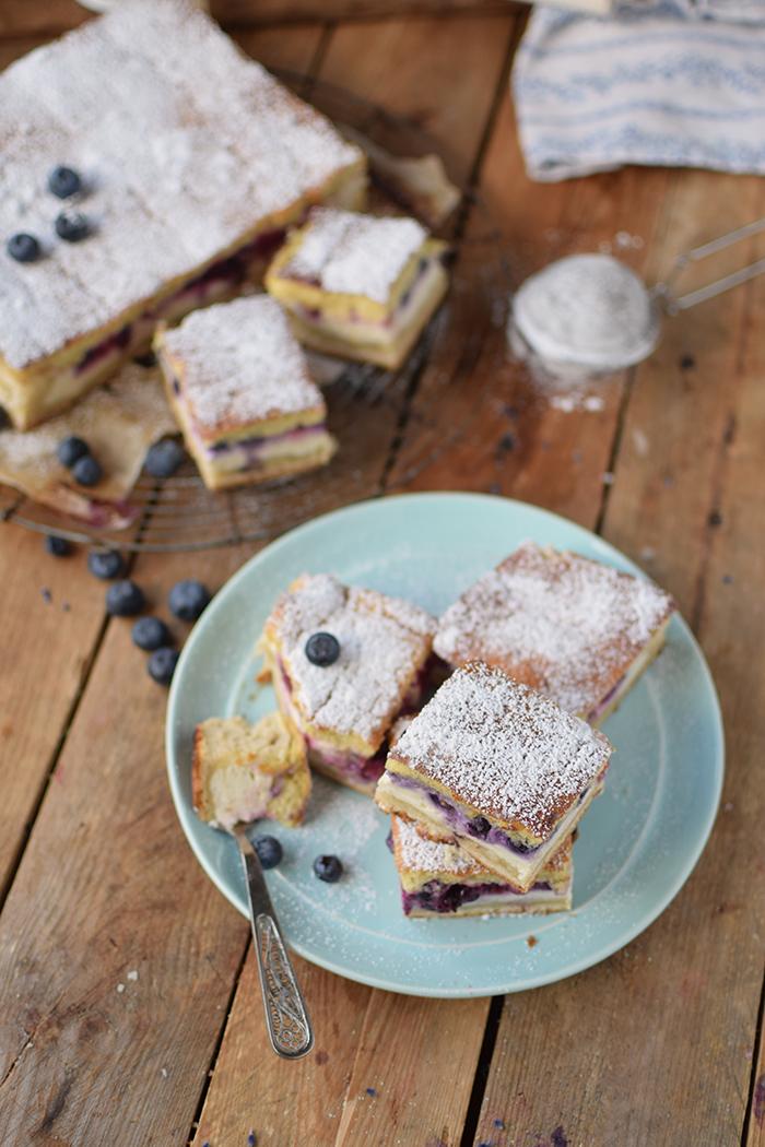 Eierschecke mit Beeren - Cheesecake with Berries (9)