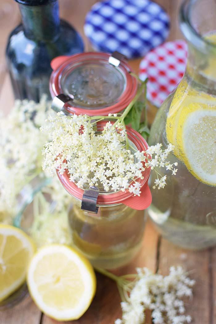 Holunderblueten Sirup & Schorle - Elderflower Cordial & Lemonoade (5)