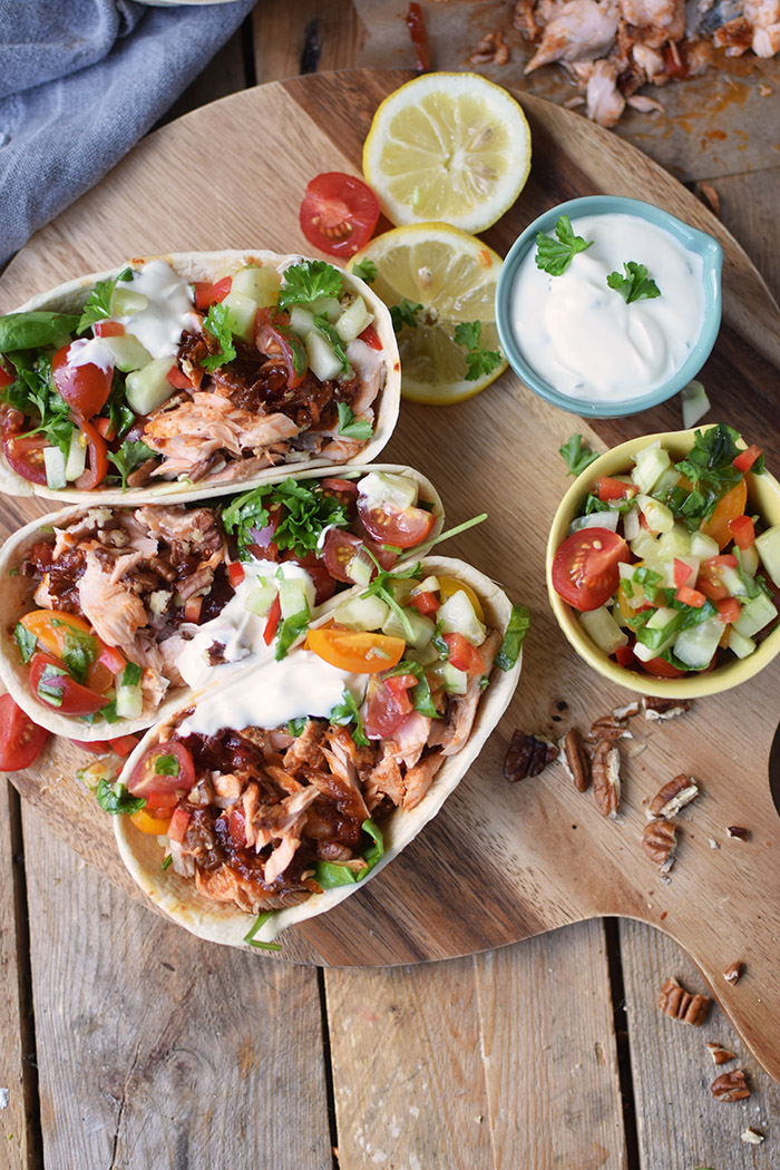 Pulled Lachs mit frischer Salsa - Pulled Salmon Tacos (10)