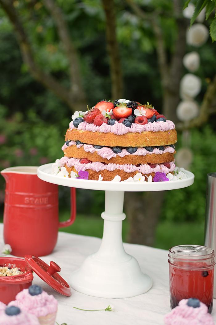 Zitronen Beeren Torte - Lemon Berry Naked Cake (1)