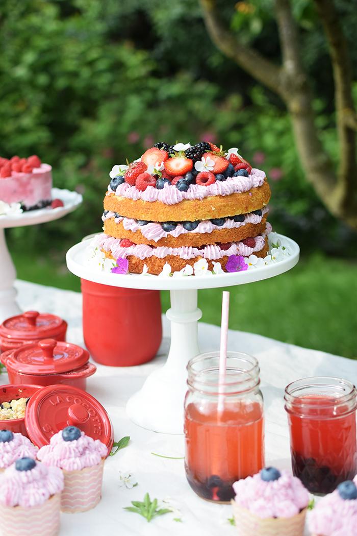Zitronen Beeren Torte - Lemon Berry Naked Cake (13)