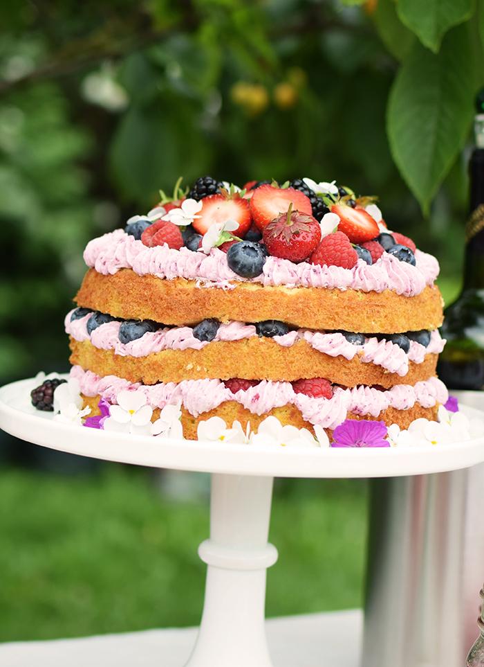 Zitronen Beeren Torte - Lemon Berry Naked Cake (2)