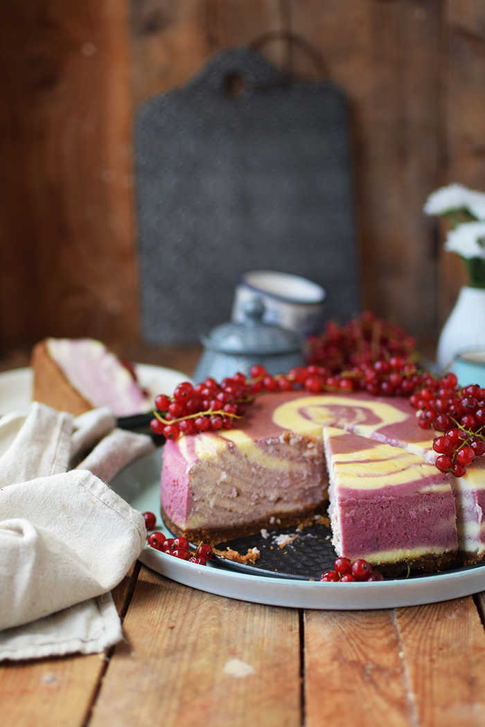Johannisbeer Zebra Cheesecake - Red Currant Zebra Cheesecake (10)
