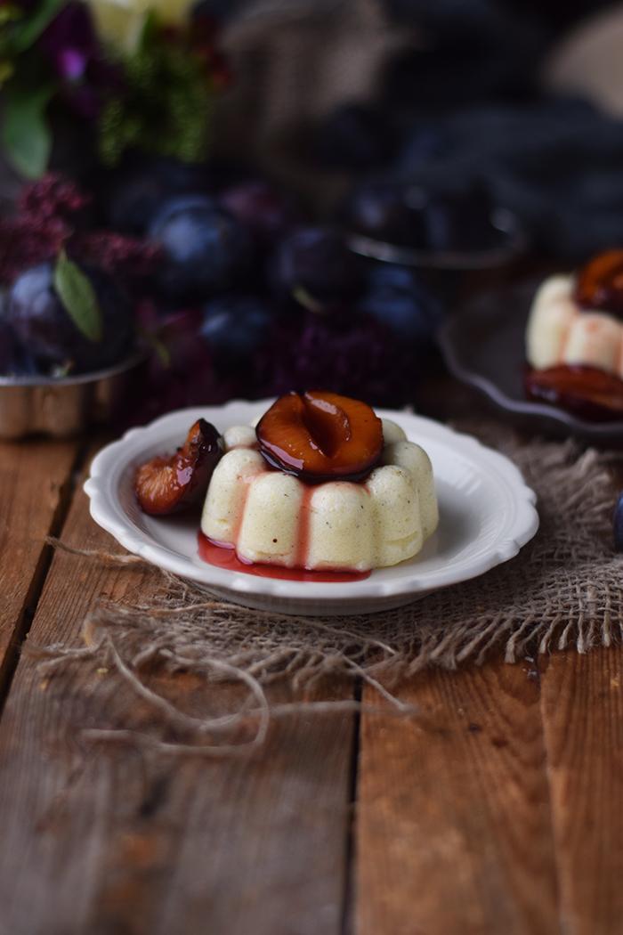 griesspudding-mit-pflaumenkompott-semolina-custard-with-plum-compote-19