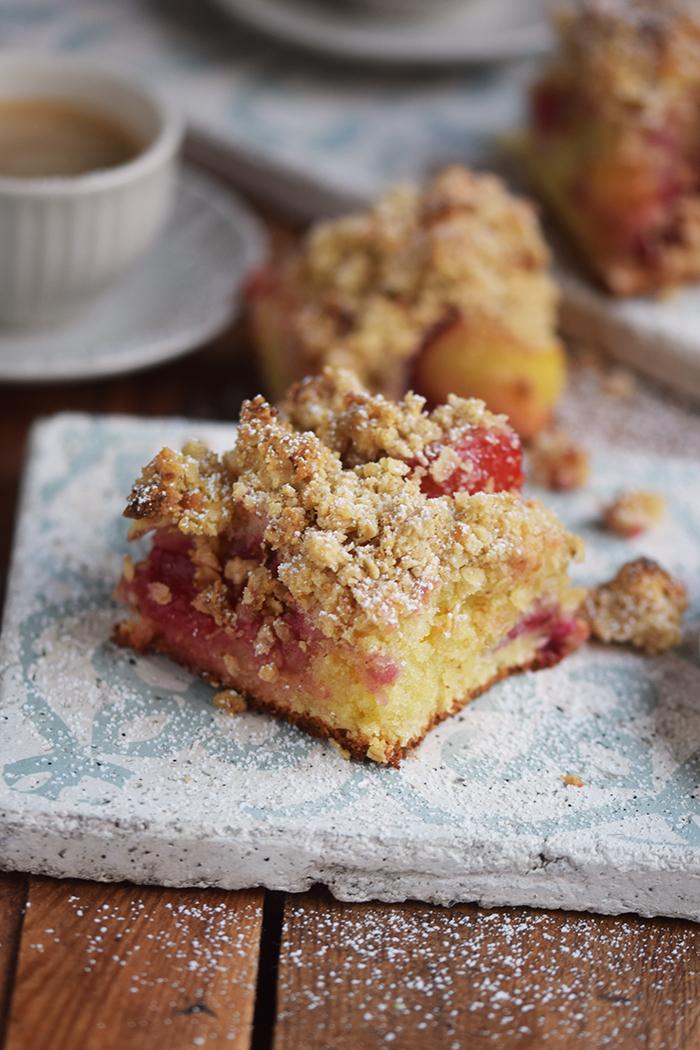 pflaumen-streusel-buttermilchkuchen-plum-crumble-buttermilk-cake-9