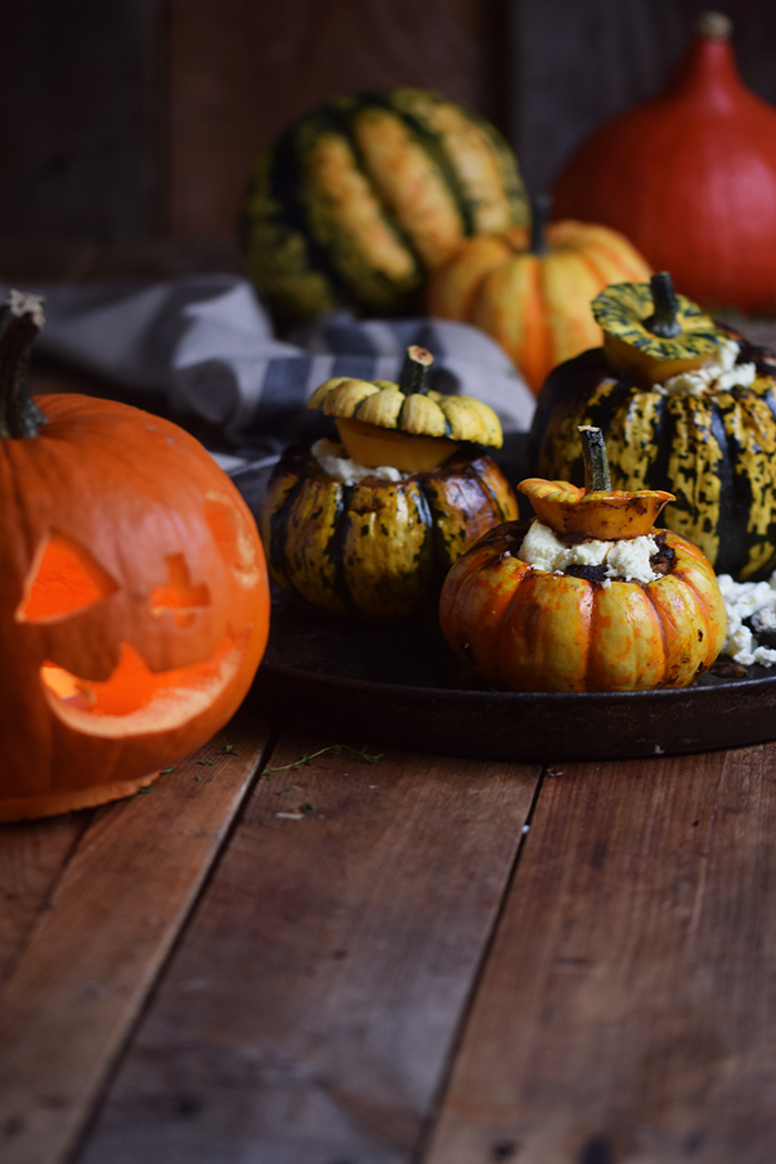 gefuellter-kuerbis-mit-feta-filled-pumpkin-with-feta-cheese-11