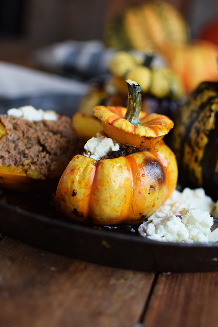gefuellter-kuerbis-mit-feta-filled-pumpkin-with-feta-cheese-12