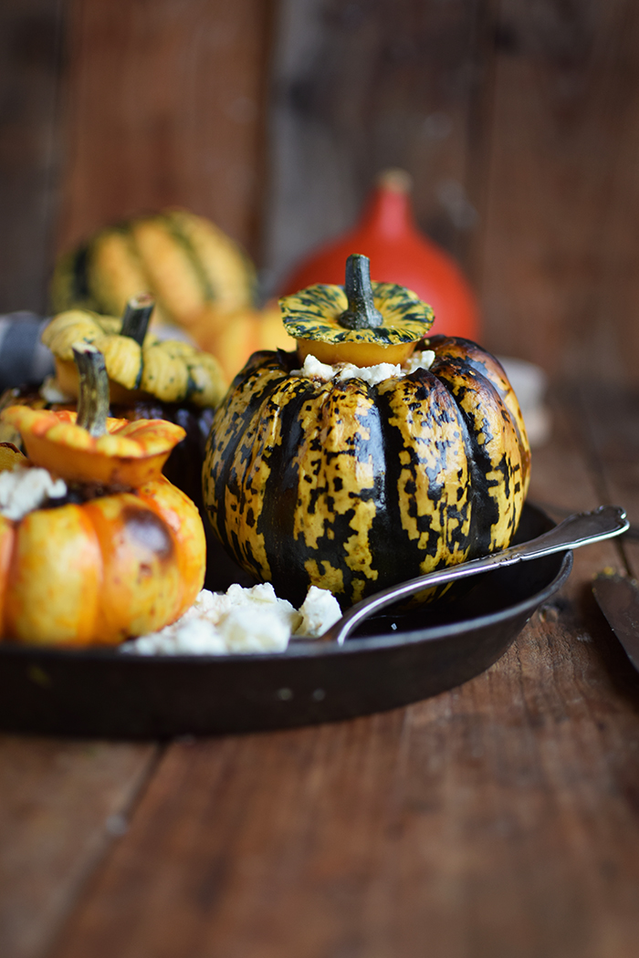 gefuellter-kuerbis-mit-feta-filled-pumpkin-with-feta-cheese-13