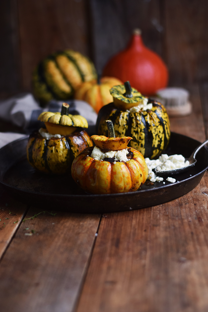 gefuellter-kuerbis-mit-feta-filled-pumpkin-with-feta-cheese-2
