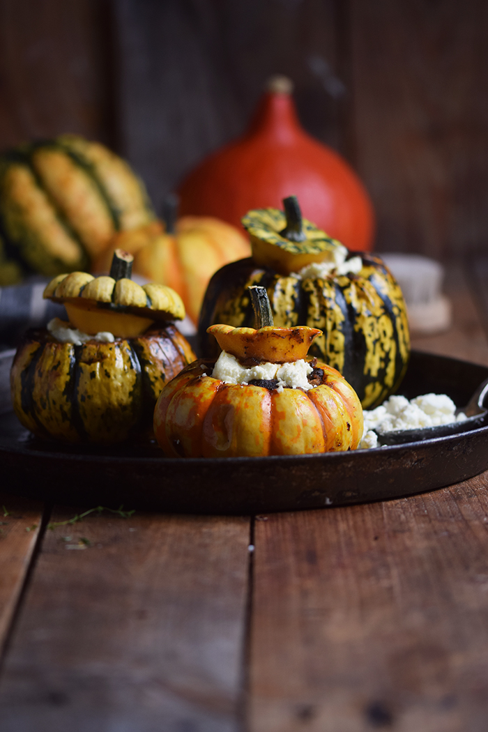 gefuellter-kuerbis-mit-feta-filled-pumpkin-with-feta-cheese-5