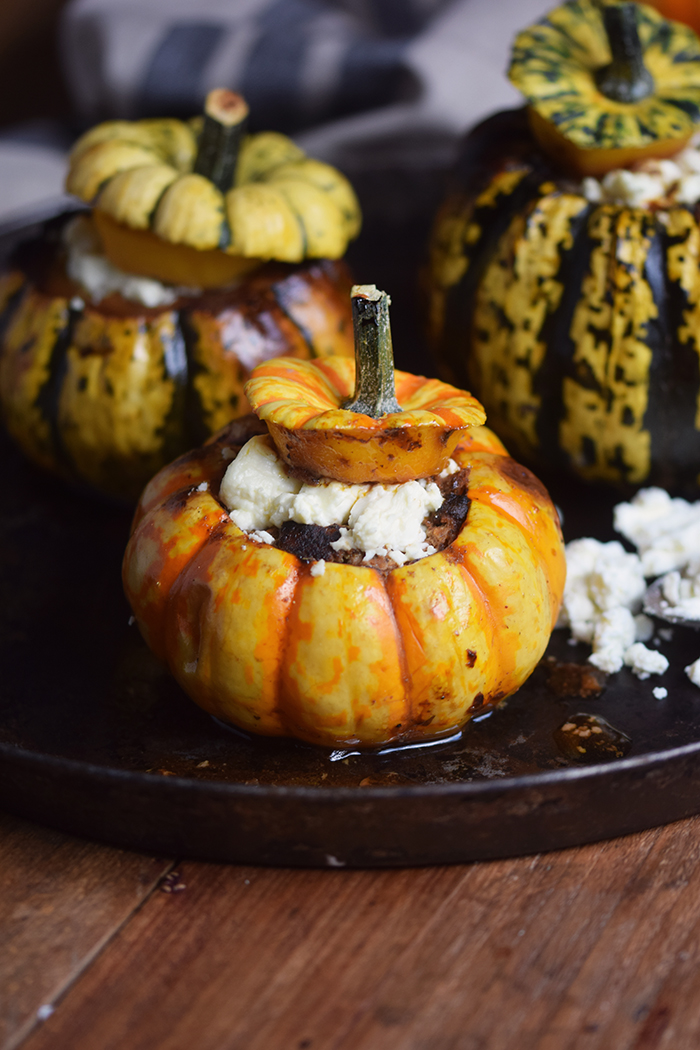 gefuellter-kuerbis-mit-feta-filled-pumpkin-with-feta-cheese-6